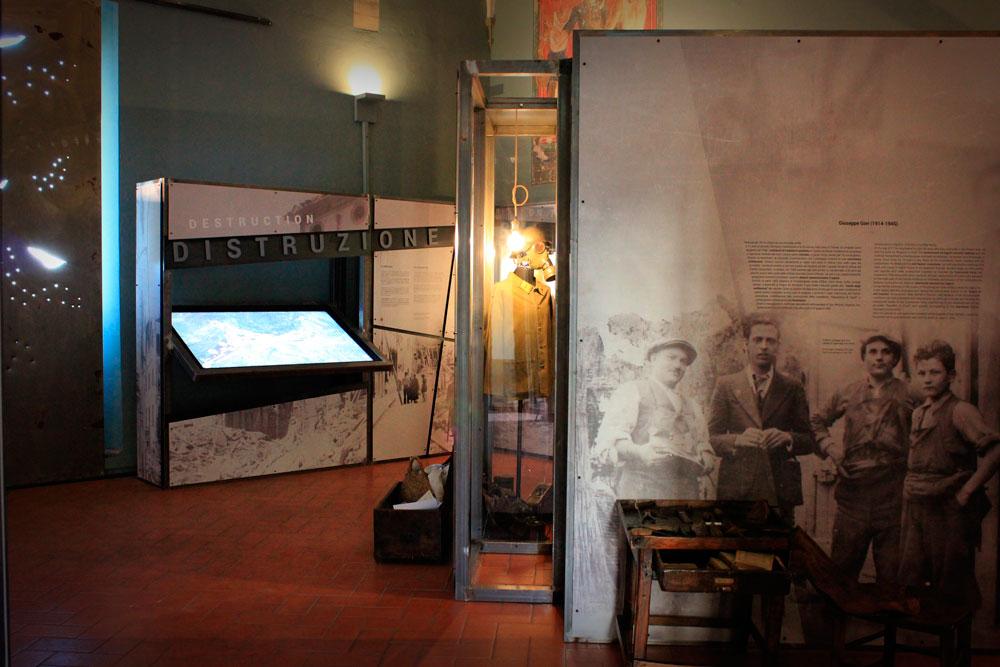 Espositori e Fresature per la mostra di San Miniato